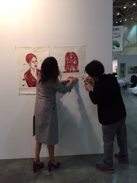 Installing the pieces with the help of talented artist Jonidel Mendoza, Venezuela.